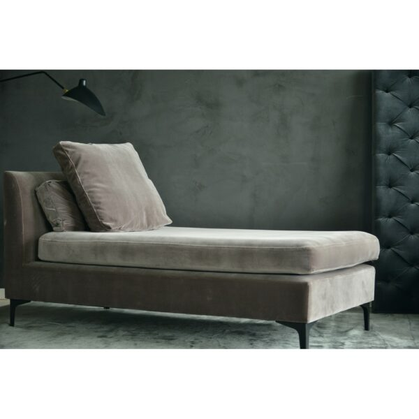 LAUREEN DAYBED